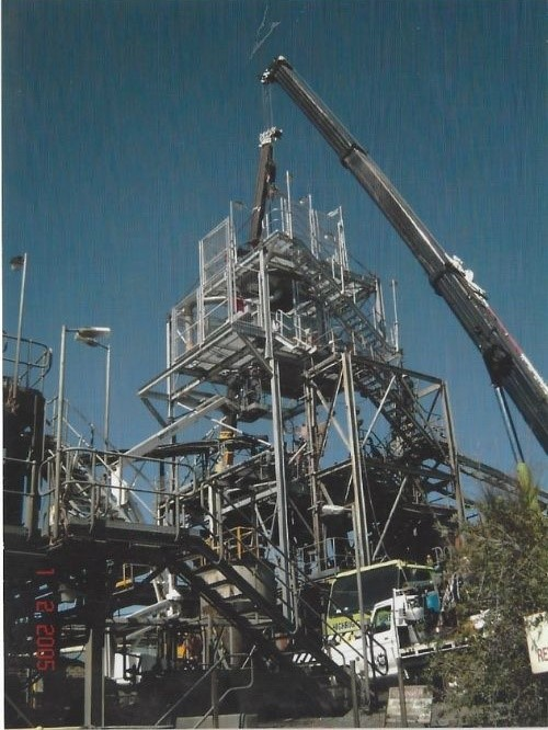 Ricksteel Fabrications Stawell - Crane lifting structure into place