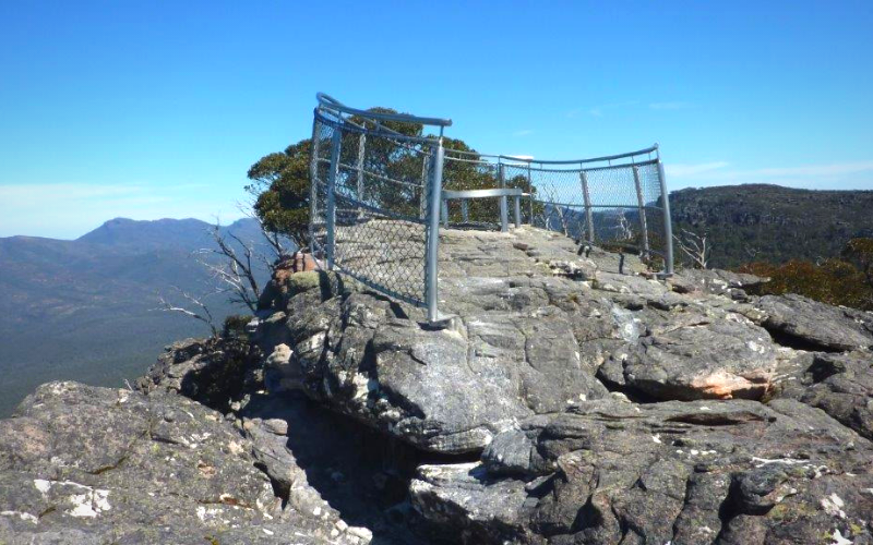 Ricksteel Fabrications Stawell - Safety Barrier at lookout point - Steel Fabrication